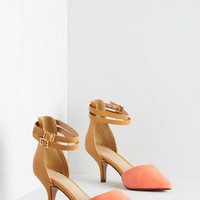 ModCloth Vintage Inspired Prancy Footwork Heel in Coral and Tan
