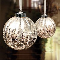 Vintage Style Hanging Bauble Lamp