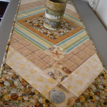 Beach Table Runner, Seashell runner, quilted table runner, quilted table topper, nautical quilt, seashell decor, nautical room decor, beach
