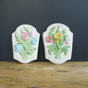 vintage floral wall hanging, plaque, chalkware, plaster, home decor