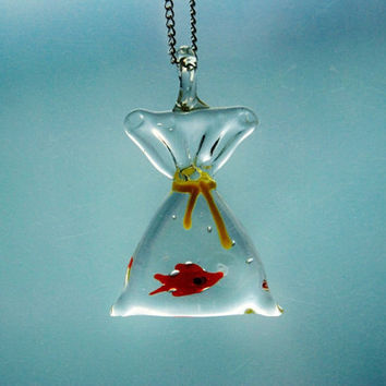 Fish in a Bag Novelty Necklace Finding Nemo Pendant Miniature Tiny Cute Whimsical Kitsch Nature Water Aqua Transparent Airy