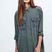 Light Before Dark Military Shirt in Khaki - Urban Outfitters