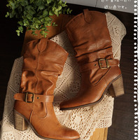 Ladies boots shoes heel BOA middle-length winter forest girl (camel) not already take fubuki feeling out. Warm boots BOA with antiques.