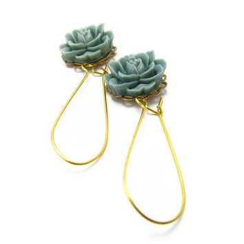 So simple and romantic and lovely Flower earrings, Simple Earrings, dusty blue, gold plated wire hook,