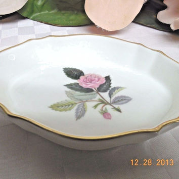 Wedgwood white China England Hathaway Rose Silver Trinket Tray