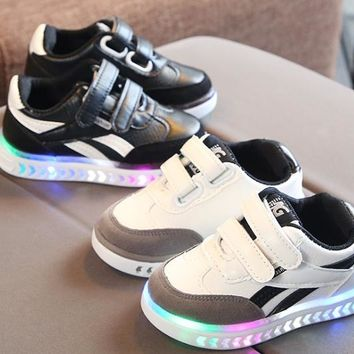 2018 children s girls and boys LED luminous shoes sneakers lumin 41fe034abfe3