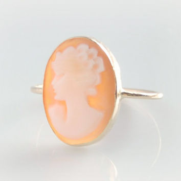 18k Victorian Cameo Ring -  Vintage Shell Cameo - Antique Cameo Ring - Size 5