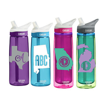 Any State CamelBak 0.75 L Eddy or 0.6 L Insulated Personalized Monogram States Water Bottle Sports bottles Name water bottle Gift