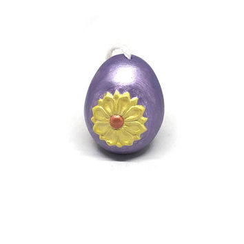 Hand Painted Floral Pysanky Style Ceramic Egg / Vintage Ceramic Easter Egg / Easter Egg Figurine / Purple with Yellow Flower Egg
