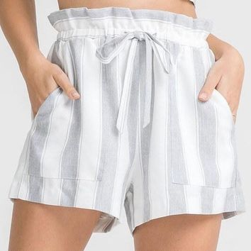LUSH - stripe it out shorts with pockets - grey
