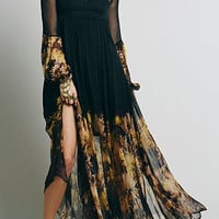 Black Bohemian V-Neck Long Sleeve Sheer Floral Print Dress