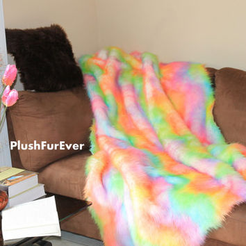 "60"" x 72"" Rainbow Fur Premium Shaggy Fur Plush Faux Fake Fur Throw Blankets Sofa Throws Bedding Decor Plush Soft Comforters"