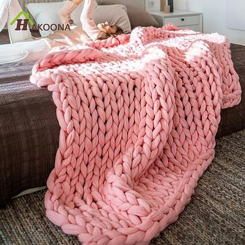 HAKOONA Chunky Knitted Blankets throws Blanket Ultra Plush Decorative Throw Blanket   Queen Bedroom