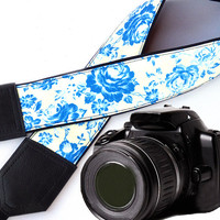 Floral Camera strap.  Flowers camera strap.  Roses camera strap.DSLR / SLR Camera Strap. Camera accessories. For Canon, Fuji, Nikon &