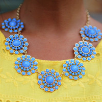 Dollop Of Daisies Necklace: Periwinkle | Hope's