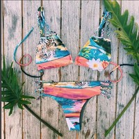 Fashion Printing Bikini Fried Dough Twist Swimsuit