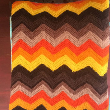 Afghan, Hand Knit Zig Zag Pattern in Mid Seventies Retro Colors - Awesome