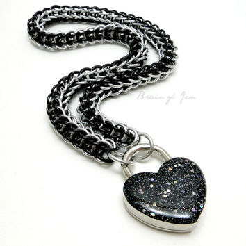 Chainmail Slave Collar Black and Silver with Sparkly Black Heart Shaped Padlock
