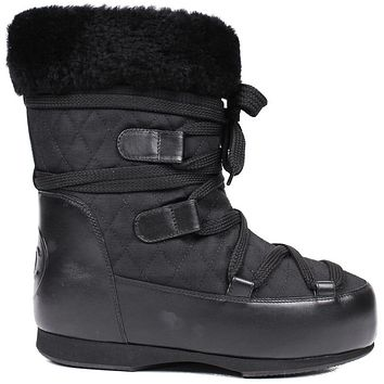 Chanel New Shearling Snow Boots US 7 Black Leather