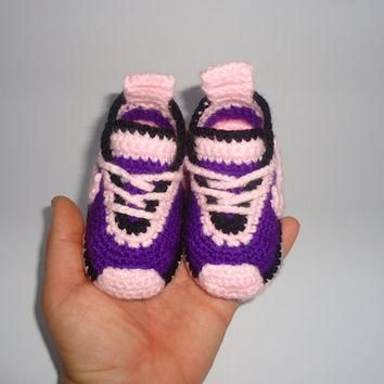 Baby shoes, Knitting, Newborn Baby, Blue Slippers, Girls, Nike Tennis Shoes, Baby Gift