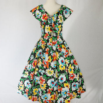 Vintage 1980's Floral Sun Dress 50's Style Envelope Shoulder