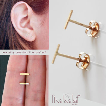 Gold Staple Earrings, 14K solid gold Tiny bar studded earrings, Line Studs,T staple Earrings simple minimal trendy everyday jewelry earring