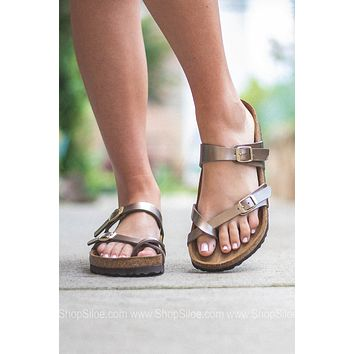 Mayari Electric Metallic Birkenstocks | Taupe