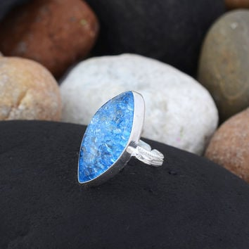 Dainty Crystal Ring/Silver Rough Crystal Jewelry