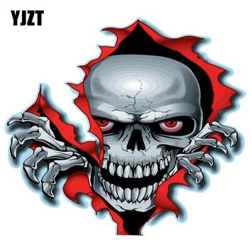 YJZT 15CM*13.6CM RED EYED SKULL Classic Personality Car Sticker Motorcycle Parts C1-7205