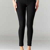 LARA: Solid Style Jeggings in Black