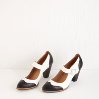 Chelsea Crew Menswear Inspired Tap of Luxury Heel in Black and White
