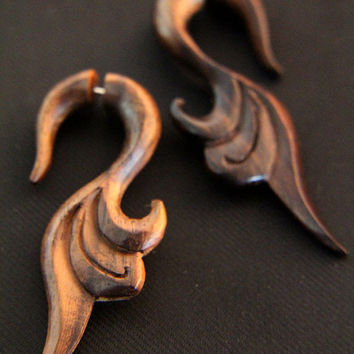 Tribal Wood Earring, Ethnic Brown Phoenix Tails Fake Gauges Wooden Earrings Made from Sono Wood