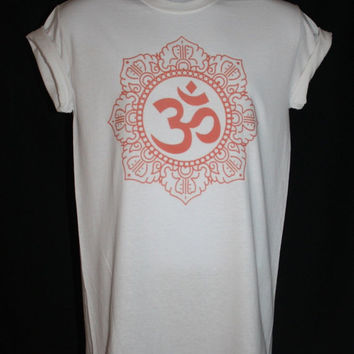 brand new * om ohm symbol t-shirt hindu ganesh hamsa religious boho hippy kitsch indie vtg*  Available in Small, Medium, Large or XL.