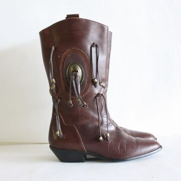 Sz 8 1/2 Brown Vintage WESTERN Indian Riding Boots