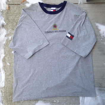 Vintage Tommy Hilfiger 90s Tee Shirt Size XL Grey Flag Logo NEW