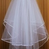 Glamour Girl Designs 2 Tier Wedding Veil With Pearls 75% off retail