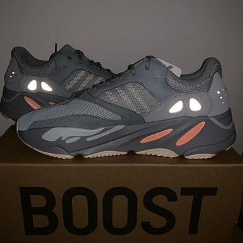 Adidas Yeezy 700 street fashion men and women casual breathable 0fde9db32ad8
