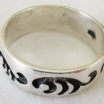 Vintage Sterling Silver Southwest Style Wide Band Ring Engraved