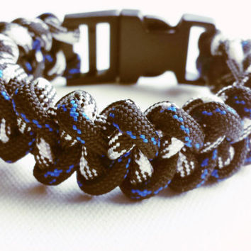 Paracord Bracelet- Paracord Survival Bracelet-Camping Gear- 550 paracord- Military Bracelet- Two Tone Blue, Black & White- Gifts for Him/Her
