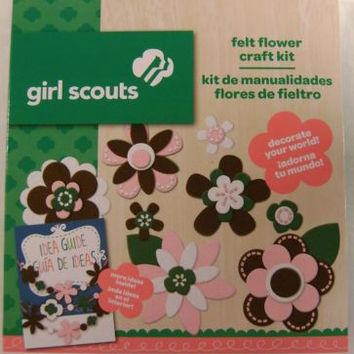 Lot 3 Girl Scouts Felt Flower Craft Kit Idea Guide Project Colorbok Crystals NEW