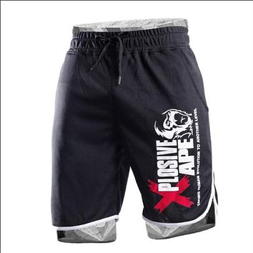 2018 Summer Hot-Selling mens shorts knees Fitness Bodybuilding fashion Casual workout Brand short pants High Quality trousers