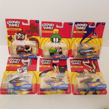 Set Of 6 Hot Wheels Looney Tunes Entertainment Character Cars NEW 2017 IN STOCK