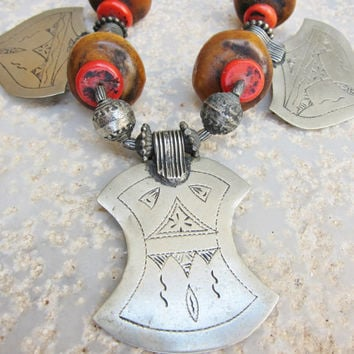 Berber Necklace with Coral & Amber
