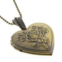 """1"""" Stunning Heart Shape Engraved Flower Locket Pendant With 28 Inch Chain"""