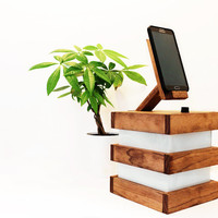 Wood Table/Desk/Bedside Lamp IV Iphone Stand/Smartphone Station