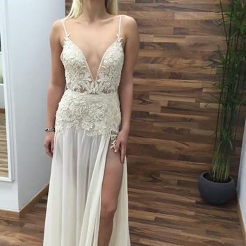 2017 Berta Long Beach Wedding Dresses With Sexy Spaghetti Straps Deep V-Neck Lace A-line High Split Chiffon Floor-length