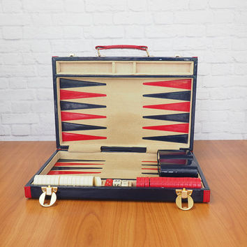 Vintage Backgammon Set | Navy Blue and Red Vinyl Case with Gold Tone Hardware | Retro Mid Century Games