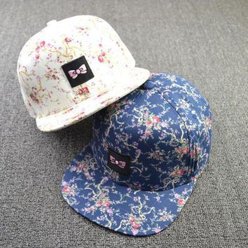 DCCKHY9 2015 New  Arrive  Hats  Sun Hats Net Cap  Flowers For  Unisex  Casual  Hip Pop Hats Fashion Baseball Cap  Snapback