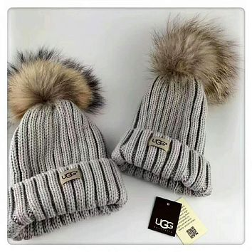 UGG Autumn and winter large fox fur ball wool hat leisure wild knit hat parent-child cap Apricot