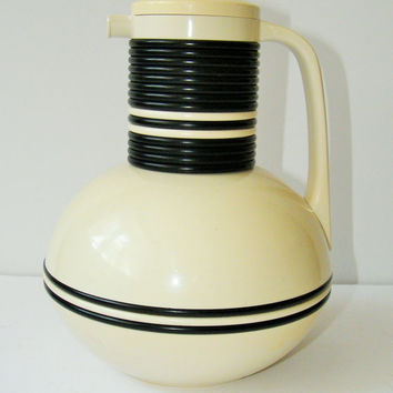 Vintage 1970s Corning Termique, Mod Carafe, Coffee Tea Carafe, Black and White, MOD Kitchen, Kitsch, Space Age Kitchen, Insulated Coffee Pot